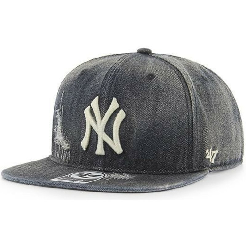 cappellino-visiera-piatta-nero-denim-di-new-york-yankees-mlb-captain-loughlin-di-47-brand
