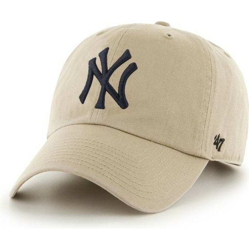 cappellino-visiera-curva-beige-con-logo-nero-di-new-york-yankees-mlb-clean-up-di-47-brand