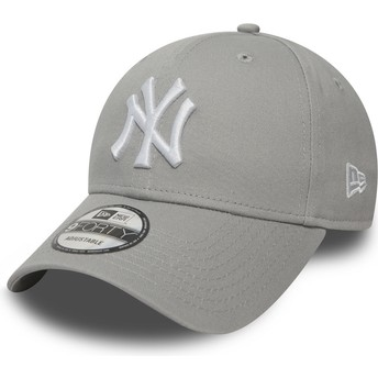 Cappellino visiera curva grigio regolabile 9FORTY Essential di New York Yankees MLB di New Era
