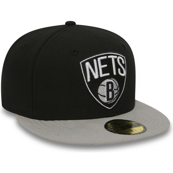 cappellino-visiera-piatta-nero-aderente-59fifty-essential-di-brooklyn-nets-nba-di-new-era