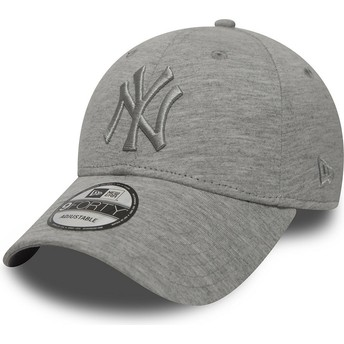 Cappellino visiera curva grigio regolabile con logo grigio di New York Yankees MLB 9FORTY Essential di New Era