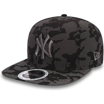 Cappellino visiera piatta nero snapback con logo grigio 9FIFTY Night Time Reflective di New York Yankees MLB di New Era