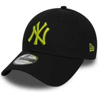 Cappellino visiera curva nero regolabile con logo verde 9FORTY Essential di New York Yankees MLB di New Era