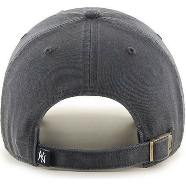 cappellino-visiera-curva-grigio-scuro-di-new-york-yankees-mlb-clean-up-di-47-brand