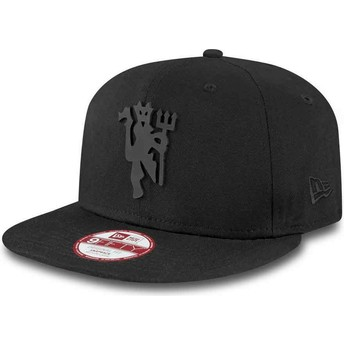 Cappellino visiera piatta nero snapback 9FIFTY Black on Black di Manchester United Football Club di New Era