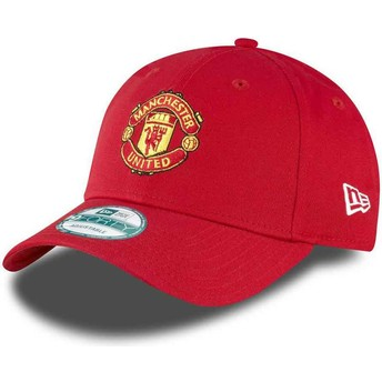Cappellino visiera curva rosso regolabile 9FORTY Essential di Manchester United Football Club di New Era